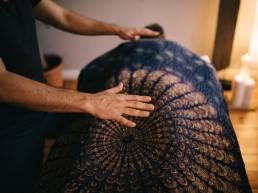 Lomi Massage Berlin Sense Healing